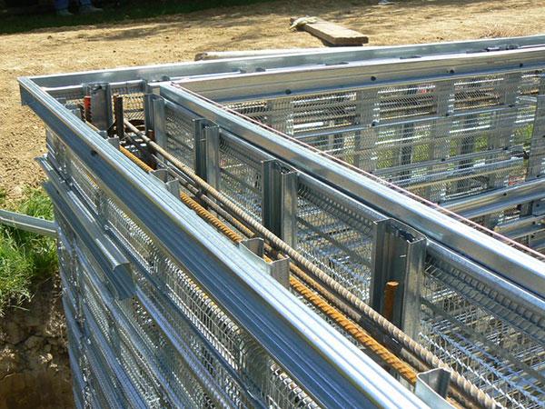 construction piscine marinal alignement arase piscines marinal. Black Bedroom Furniture Sets. Home Design Ideas