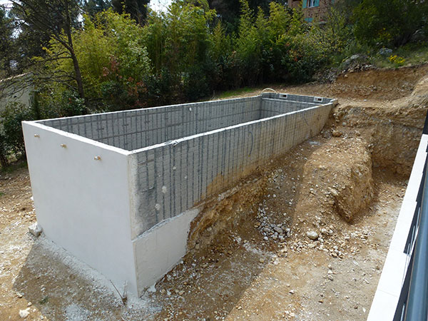 Construction Piscine Traditionnelle Béton MARINAL ...