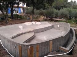 piscine beton forme libre