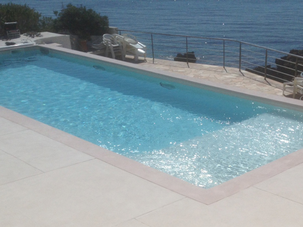 Piscines marinal construction piscines classiques for Construction piscine traditionnelle