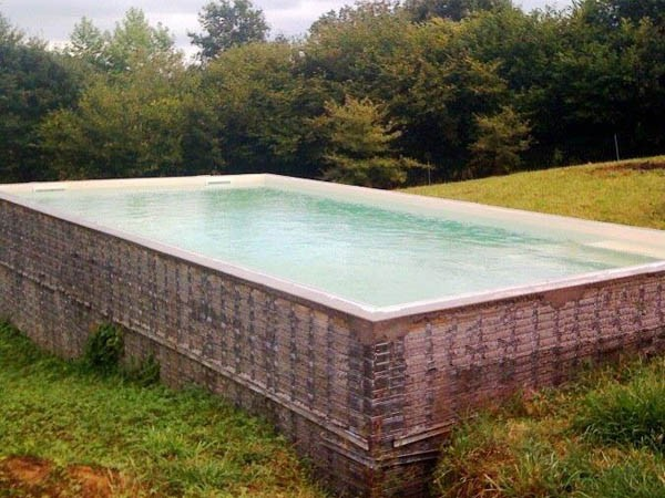Avantages piscines traditionnelles b ton for Piscine beton banche