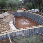 Structure en béton piscine forme libre MARINAL Piscines