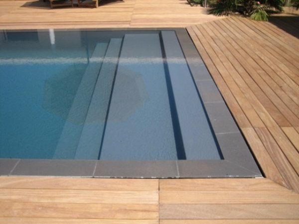 Construction de piscines miroir - Photo piscine miroir ...