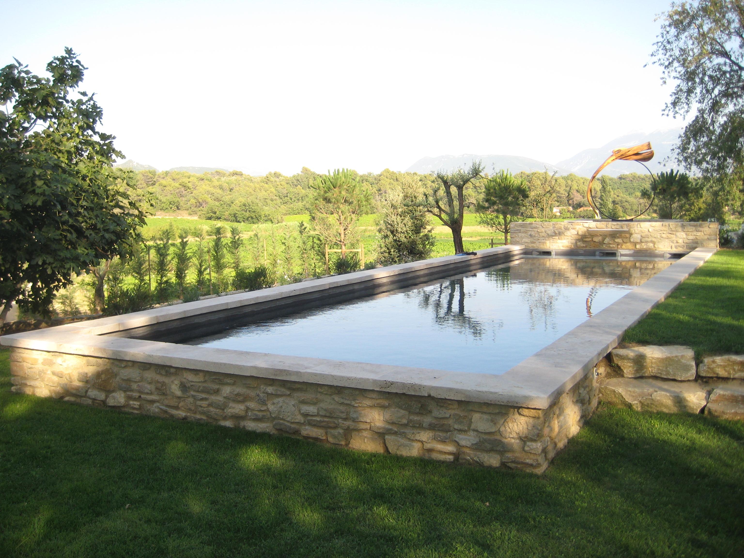 piscine beton marinal