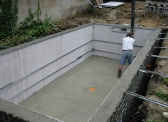 Construction d 39 une piscine traditionnelle - Faire une piscine en beton ...