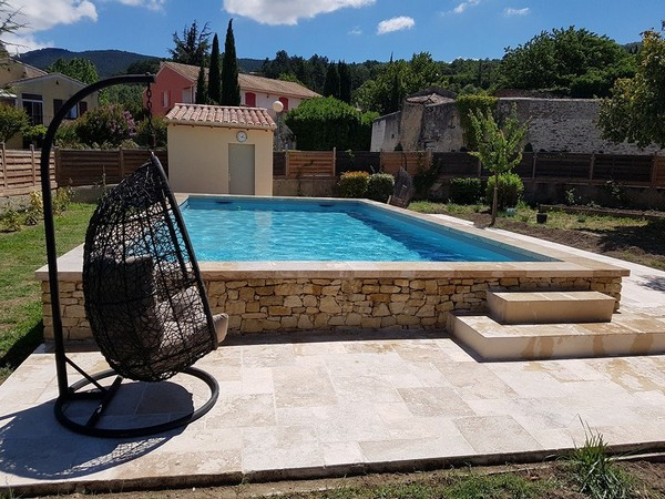 Piscines marinal construction piscines classiques for Construction piscine 84