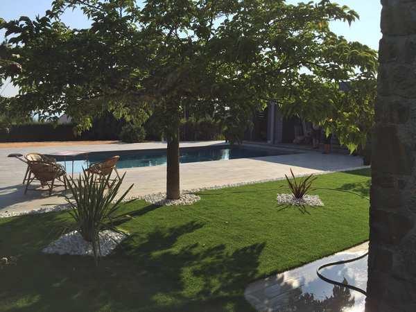 piscine-classique-terrasse-bois-marinal