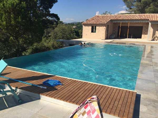 piscines marinal quelques r alisation de piscines. Black Bedroom Furniture Sets. Home Design Ideas