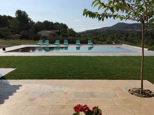 piscines marinal construction de piscines miroir 31. Black Bedroom Furniture Sets. Home Design Ideas