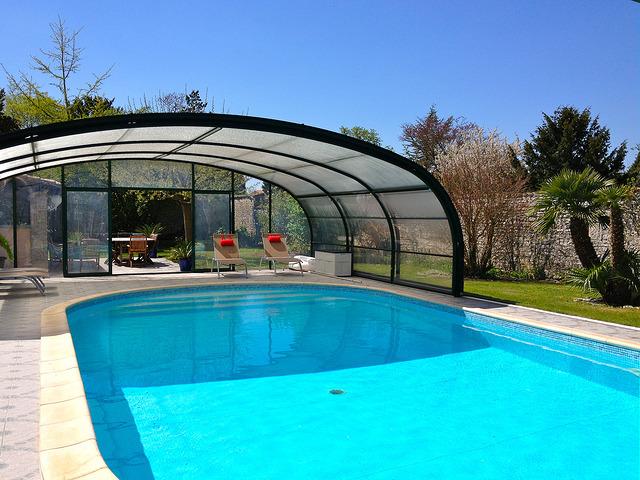 piscines marinal la r glementation pour la construction d 39 une piscine. Black Bedroom Furniture Sets. Home Design Ideas