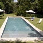 bassin de nage piscine béton marinal