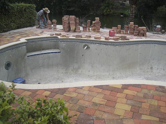 piscines-marinal-retro-planning-construction-piscine