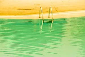 L'eau de votre piscine doit-elle être changée ?